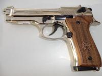 Pistolet BERETTA  Mod.92  CHROME Crosse bois (Réplique)